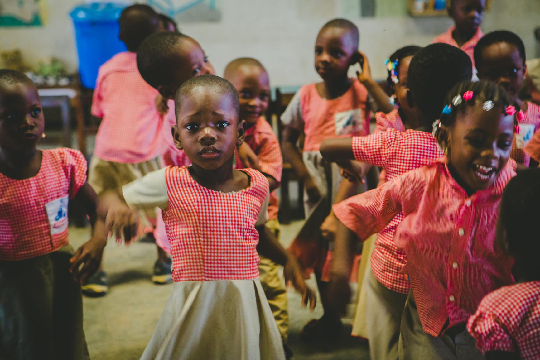 Photo d'enfants à l'école